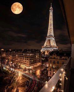 Torre Eiffel, Paris I love it 💗💗💗💗 – pinkish-hits Torre Eiffel Paris, Paris Eiffel Tower, Tour Eiffel, Eiffel Towers, Eiffel Tower At Night, Top Travel Destinations, Places To Travel, Places To Visit, Paris Photography