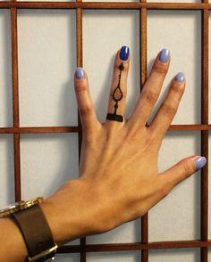 Хна на руке Tattoo plus