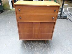 I found this gem today. I plan to try and restore it. It's a 60's to 70's Stanley Dresser. I'm in love!