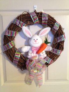 Easter Wreath. Holiday Wreath. Easter Bunny by 4SeasonsWreaths