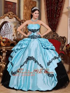 Buy popular baby blue and black taffeta sweet sixteen dresses with appliques from multi colored quinceanera dresses collection, strapless neckline ball gowns in color,cheap floor length taffeta dress with lace up and for sweet 16 quinceanera . Sweet Sixteen Dresses, Sweet 15 Dresses, Pretty Dresses, Cheap Quinceanera Dresses, Prom Dresses, Sweet Fifteen, Sweet 16, Dresser, Blue Ball Gowns