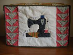 Mi rinconcito de labores: Funda máquina coser patchwork Quilts, Blanket, Tela, Scrappy Quilts, Cases, Patterns, So Done, Green, Manualidades
