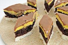 "Desert prajitura ""O noapte la Venetia"" - Galerie foto Romanian Desserts, Romanian Food, Sweets Recipes, Cookie Recipes, Aniversary Cakes, Hungarian Cake, Cakes And More, Pavlova, Coco"