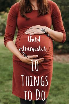 10 things to do while waiting for baby to arrive in your third trimester of pregnancy. Includes tips on how to have a healthy pregnancy and how to prepare your birth bag and home. 3rd Trimester Pregnancy, Trimester By Weeks, Second Trimester, Pregnancy Guide, Pregnancy Workout, Pregnancy Photos, Prenatal Appointment, Pregnancy Progression, Waiting For Baby