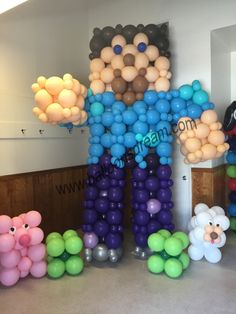 Balloon Sculptures - Balloons Dream Game birthday Mine craft  Boys birthday idea Fun birthday for boys  Steve  Super birthday  Balloon sculpture