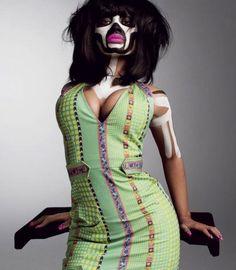 Minaj-style.  Last minute Nicki Minaj tickets with www.tikbuzz.co.uk
