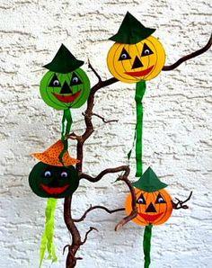 Kürbis-Windspiel fürs Fenster -  Halloween-basteln - Meine Enkel und ich