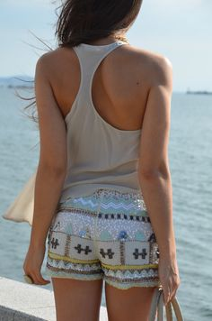 I love these shorts... its like Trible print but a little bit dressier... i love Trible Print <3