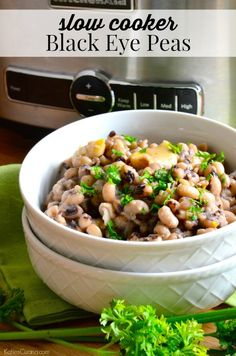 Celebrate a New Year with a home cooked southern meal including these easy to make slow cooker Black Eye Peas. Let the slow cooker do all the work! Slow Cooker Black Eyed Peas Recipe, Cooking Black Eyed Peas, Southern Cooking Recipes, Real Food Recipes, Savoury Dishes, Food Dishes, Slow Cooker Recipes, Crockpot Recipes, Bean Pot