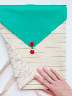DIY: envelope backpack