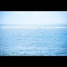 【shiawaseira3】さんのInstagramをピンしています。 《* 私のホームページから♡ 沖縄 久高島をお届け☆彡 * 同じ海なのに色が様々で 本当に美しい大地の恵み ☆*:.。. o(≧▽≦)o .。.:*☆彡 * * * http://www.wadashashinkan.com * ↑MY HP セーラワールド!大全開\(^○^)/ * ぜひぜひご覧になって下さいませ☆彡 * #photographer #japan#art#artist#thankyou#happy#smile#love#model #ありがとう #最高#幸せ#笑顔 #感謝#seirawada #和田写真館 #nicepic  #great #photo #allgetwoman #photospot #foreigner#okinawa #popularity #travel #沖縄 #旅行 #楽しみ#海 #sea》