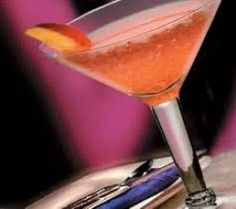 Classic Cocktails for New Year's Eve #martini #glass #cocktails #classics #NYE #party #holiday