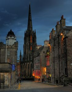 Dusk, Edinburgh, Scotland