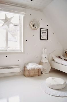 See some white kids' room inspiration to create a luxurious bedroom decor. More at circu.net. Baby Bedroom, Girls Bedroom, Bedroom Ideas, Bedroom Designs, Trendy Bedroom, White Bedroom, White Rooms, Master Bedroom, Baby Decor