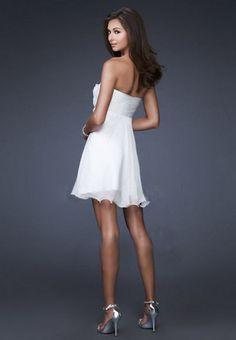 $89.99 Cheap White Homecoming Dresses Short Mini Chiffon With Handmade Flowers