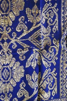 Textiles of the past: All handmade from the hand spinning to the hand weaving to the hand embroidered needlework: minute time-consuming intricate and perfect embroidery motifs!