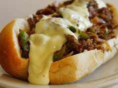The Pioneer Woman: SLOW COOKER CHEESY PHILLY