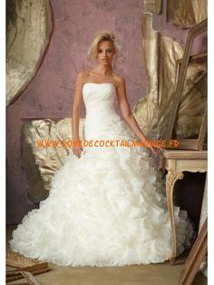 Sans bretelle robe blanche 2013 volants traîne d'église robe de mariée organza