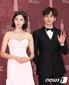 유승호.기사사진) 171230 MBC 연기대상 최우수상 유승호 : 네이버 블로그 Korean Actresses, Actors & Actresses, Most Handsome Korean Actors, Yoo Seung Ho, Strapless Dress Formal, Formal Dresses, Robot, Korean Drama, Kdrama