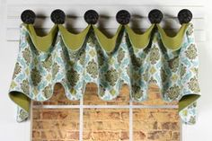 Cuff Top Valance Sewing Pattern by Pate-Meadows Designs = think of reversing the solid and the print and making the solid a curtain length