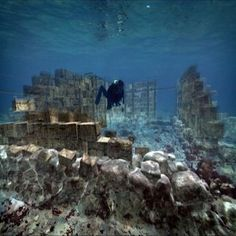 Secrets of Ancient Underwater City Pavlopetri Revealed : Travel Back in Time and See What the City Looked Like - It lies off the southern coast of Laconia, Greece and is estimated to be about 5,000 years old. Through CGI, scientists have actually recreated the entire city