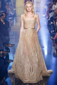 vestido-dourado-gold-dress-nude-alças-elie-saab-2015-2016