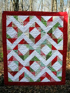 Modern Quilt // Modern Christmas Quilt - Another way to use us Christmas fabrics- 4 inch finished squares