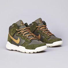 Nike ACG Dunk High OMS Light Green / Flat Gold - Medium Olive