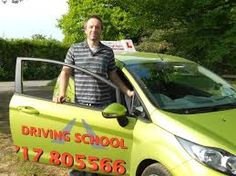 Cheap driving lessons in Edinburgh Andy1st driving school.  To get more information visit http://www.andy1st.co.uk/driving-lessons-edinburgh/