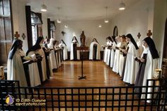Carmelites at Paris (Montmartre), Carmel founded in 1604. St. Therese stopped here the crypt of sacred heart  to pray on her way to Rome