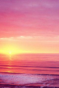 pink+sea+sky