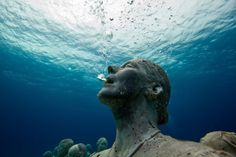 awesome underwater sculpture by Jason deCaires Taylor 'Silent Evolution' Depth MUSA Collection, Cancun/Isla Mujeres, Mexico. Underwater Sculpture, Underwater Photos, Underwater World, Underwater Photography, Underwater Bubbles, Human Sculpture, Under The Water, Under The Sea, Jason Decaires Taylor