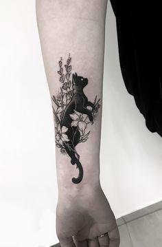 Tattoos for women Pretty Tattoos, Cute Tattoos, Beautiful Tattoos, Flower Tattoos, Body Art Tattoos, Small Tattoos, Tattoos For Guys, Tattoos For Women Cat, Make Tattoo