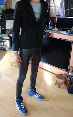 Black Leather Pants, Boys Jeans, Super Skinny Jeans, Skin Tight, Hot Boys, I Dress, Tights, Mens Fashion, Shiny Leggings