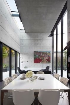 Cemento expuesto, doble altura, espacios diáfanos = Perfetto per me... Architecture*