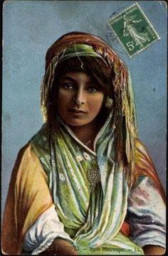 Arab nude girl poster — 13