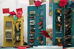 reusing shutters is a great way to display greeting cards, artwork, wallets, etc.