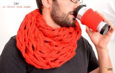 DIY Tricot sans aiguilles. Chez nous, ce sont les hommes qui tricotent.