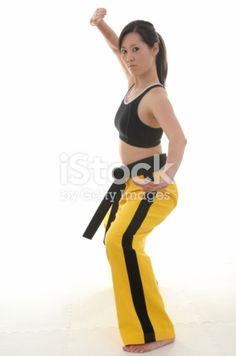 Martial artist in a fighting stance. Martial Arts Gi, Martial Arts Women, Karate Girl, Fitness Photos, Figure Drawing Reference, Martial Artist, Anime Poses, Aikido, Judo