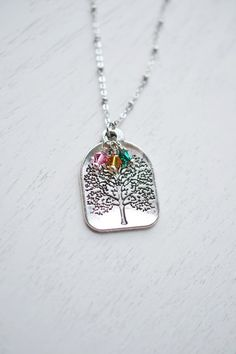 personalized family tree necklace,custom birthstone necklace,tree of life,mother necklace,silver tree necklace,bridesmaid necklace,birthday