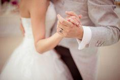 Wedding details Wedding rings  www.cristinaroteliuc.com