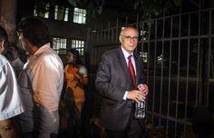 Suplicy faz apelo ao Governador Geraldo Alckmin para que se estabeleça o diálogo com os estudantes da Escola Estadual Fernão Dias Paes. Na…
