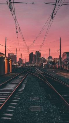 Fotografias city night sunset evening power lines photography aesthetic urban gr. Urban Aesthetic, Night Aesthetic, City Aesthetic, Aesthetic Images, Line Photography, Urban Photography, Street Photography, Photography Aesthetic, City Iphone Wallpaper