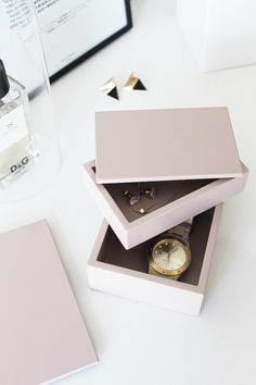 Pink boxes, Hints of pink by Ma Maison Blanche, Stylizimo