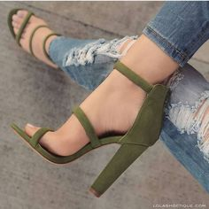high heels – High Heels Daily Heels, stilettos and women's Shoes Dream Shoes, Crazy Shoes, Me Too Shoes, Heeled Boots, Shoe Boots, Shoes Heels, Lace Shoes, Strappy Shoes, Shoes Sneakers