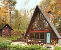 I've been obsessed with a-frame houses since I was a kid. This isn't helping.