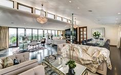 love style and colours.  Hugh Grant's bachelor pad on sale - Telegraph