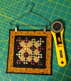 Nine Patch Quilt - each one is finished! Small Quilts, Mini Quilts, Dollhouse Quilt, Small Quilt Projects, Mini Quilt Patterns, Nine Patch Quilt, Miniature Quilts, Doll Quilt, Traditional Quilts