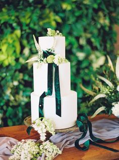 A Luxe Greenery-Filled Texas Fête with Beautiful Blooms Galore Wedding Desserts, Wedding Cakes, Dessert Table, Eat Cake, Wedding Colors, Greenery, Wedding Day, Palette, Texas