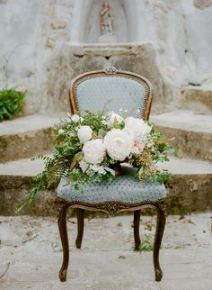 Peony bouquet crafted by http://www.maxgilldesign.com/ Photography: Sylvie Gil - www.sylviegilphotography.com/workshop/ Read More: http://www.stylemepretty.com/2014/06/10/french-wedding-inspiration-at-chateau-le-val/